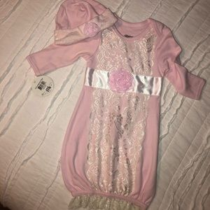 Other - Newborn Pink Lace outfit with hat